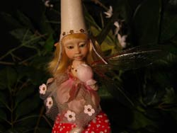 Fairy Sibylle, the Mushroom, the Blackberry