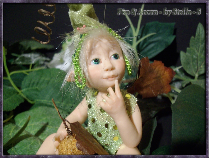 Baby Faerie Pen & Acorn back to gallery